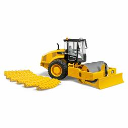 BRUDER CAT VIBRATORY SOIL COMPACTOR WITH LEVELING BLADE 0245